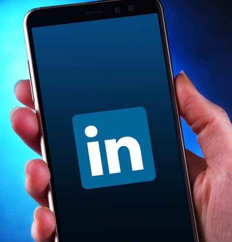 LinkedIn Ads Management Benefits: Target audiences with greater accuracy