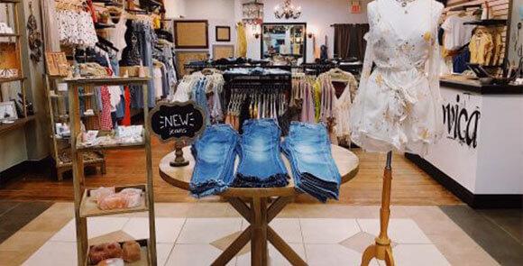 Shop Ludovica